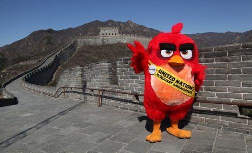 """胖红大使""""不到长城非好汉""""。"""