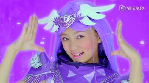 饰演法苏天女的林丹妮素颜的样子比较清新干净,小小的梨涡非常可爱.图片