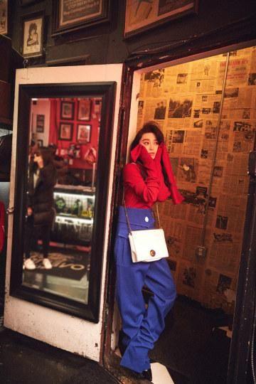 范爷17年首组街拍 化身史上最萌《超级马里奥》