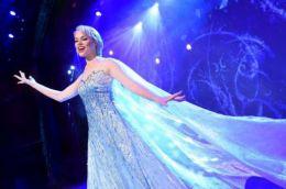 百老汇用科技手段将动画《冰雪奇缘》搬上舞台