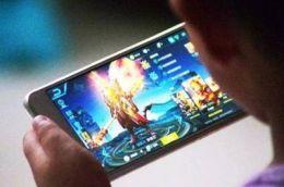 二次元游戏占手游近半市场